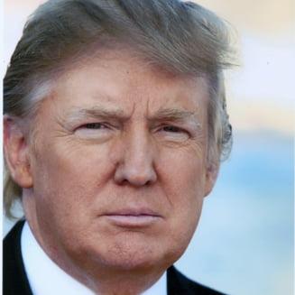 """Trump vrea sa il inlocuiasca pe Rex Tillerson dupa ce acesta nu a negat ca l-a numit """"imbecil"""""""