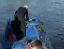 Trupul unuia dintre tinerii disparuti pe lacul Razelm a fost gasit