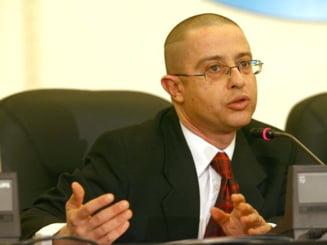 Tudor Ciuhodaru va depune un proiect de lege vizand siguranta taximetristilor