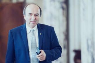 Tudorel Toader, chemat in Parlament sa ofere explicatii despre raportul GRECO