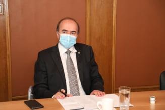 """Tudorel Toader, replica pentru fostul ministru al Sanatatii: """"Oare ce era de evaluat la Vlad Voiculescu, ministrul fara de diploma"""""""