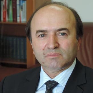 Tudorel Toader cere explicatii de la OCDE, dupa ce un oficial al institutiei i-a transmis ca e intr-o mare eroare