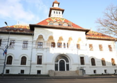 Tudorel Toader i-a suflat lui Marian Oprisan cladirea pe care baronul voia sa o faca Palat al Culturii