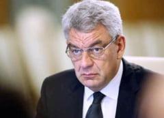 Tudose s-a afisat cu candidatul PSD la primarie intr-o piata din Deva. Maine incepe campania electorala