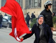 Tunisia: Guvern de uniune nationala pentru a opri violentele