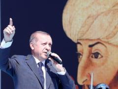 Turcia a inceput razboiul impotriva kurzilor din nordul Siriei