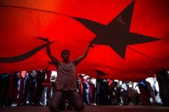 Turcia a ordonat vineri arestarea a 82 de oameni, inclusiv opozanti politici kurzi, in legatura cu proteste care au avut loc in 2014