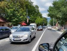Turism de sosea: Coloane de masini pe Valea Prahovei si pe Autostrada Soarelui