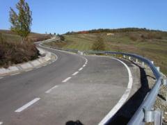 Turistii vor ajunge mai usor in Olt. Consiliul Judetean are proiecte noi pentru modernizarea drumurilor