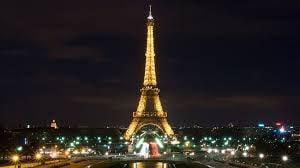 Turnul Eiffel va folosi doar energie verde