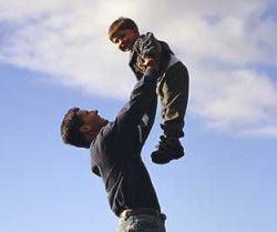 UE a decis un concediu parental ameliorat