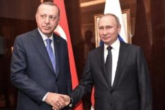 UE avertizeaza asupra unei confruntari intre armatele Rusiei si Turciei in Siria