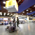 UE reimpune restricţii călătoriilor neesenţiale din cinci ţări. Pe lista statelor vizate se numără SUA şi Israel