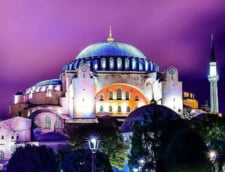 UNESCO, ingrijorare cu privire la transformarea Bazilicii Hagia Sofia in moschee. Turcia, chemata la raport