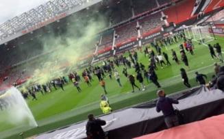 UPDATE - Scene de haos la Manchester. Fanii lui United au invadat stadionul. Meciul cu Liverpool a fost amanat VIDEO