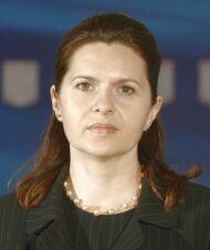 UPDATE: Adriana Saftoiu: Nu mi-au taiat cauciucurile, masina e zgariata