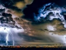 UPDATE. Codul Rosu de furtuni si ploi torentiale pentru judetul Suceava a fost prelungit