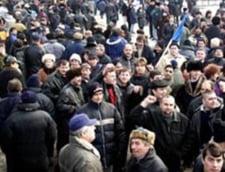 UPDATE: Functionarii publici intra in greva generala