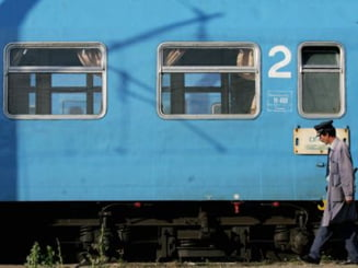 UPDATE: Peste 20 de trenuri vor fi anulate luni