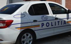 UPDATE Agresiune in trafic, intr-o comuna din Olt. O masina a fost distrusa, un barbat a ajuns la spital