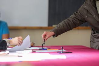 """UPDATE Alegeri locale 2020. Programatorii Code for Romania acuza autoritatile ca """"au facut un pas in spate in asigurarea transparentei alegerilor"""". Reactia STS"""