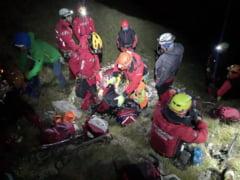 UPDATE Doi tineri au cazut 200 de metri intr-o prapastie din Bucegi. Ranitii au fost preluati de ambulante dupa 14 ore