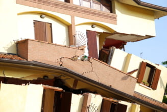 UPDATE Explozie intr-un bloc din Timisoara. Un barbat a fost prins sub daramaturi