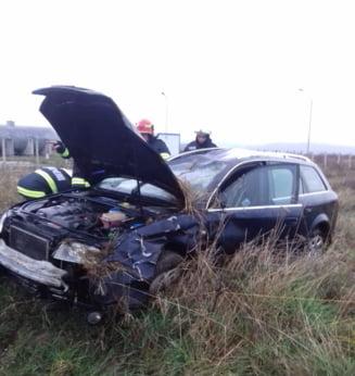 UPDATE Grav accident de circulatie in Gorj. Doua persoane au murit, iar alta a fost ranita