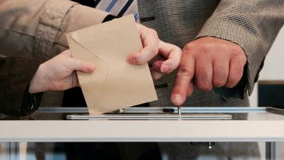 UPDATE Lideri de la PSD, PNL, USR si UDMR au depus un proiect la Senat care modifica legea alegerilor parlamentare. Comisia juridica a adoptat miercuri raport favorabil.