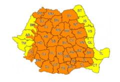 UPDATE Ploi violente, furtuni si vijelii. Meteorologii au extins codul portocaliu pentru 35 de judete si municipiul Bucuresti
