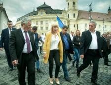 UPDATE Procurorul DNA cere pedeapse de 12 ani de inchisoare pentru Elena Udrea si Ioana Basescu, in procesul finantarii campaniei electorale din 2009