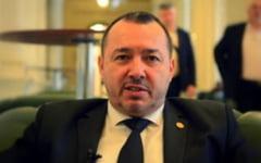 UPDATE Proiectul lui Radulescu prin care inculpatii acuzati de evaziune fiscala scapa de inchisoare daca achita integral prejudiciul, adoptat marti de Camera Deputatilor