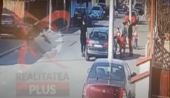 UPDATE Soferita care a spulberat doua fete de pe un trotuar din Bucuresti, retinuta pentru 24 de ore
