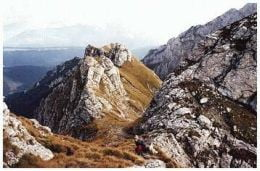 UPDATE Turistii cazuti in prapastie in Bucegi au fost recuperati