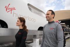 UPDATE VIDEO Primele teste cu pasageri intr-o capsula Hyperloop au fost realizate in desertul Nevada. O romanca a testat proiectul care vrea sa transporte oamenii cu 1.000 km/ora