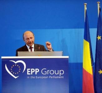 USL il acuza pe Basescu de incalcarea Constitutiei prin prezenta la Congresul PPE