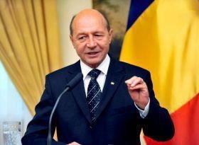 USL nu mai e deranjata de iesirile lui Basescu: Sa iasa de zece ori pe zi!