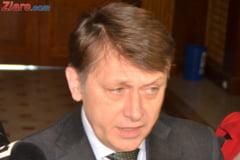 USL s-a rupt, cum ramane cu Constitutia? Un senator PSD, apel catre Antonescu