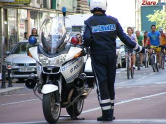 USR Bucuresti ii cere primarului Firea sa suspende o licitatie pentru motociclete destinate Politiei