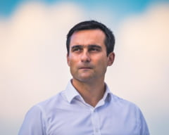 """USR PLUS Braşov: """"Astăzi s-a oficializat majoritatea USL 2.0. Noua majoritate din Consiliul Local are 15 voturi din 27"""". Reacția dură a primarului Coliban"""