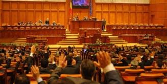 USR PLUS a depus un proiect de lege pentru transparenta la votul din comisiile Parlamentului
