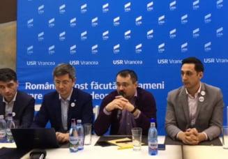 USR a adoptat la Focsani o Declaratie de angajament pentru Romania: Are 7 puncte, la fel ca documentul din 1848