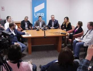 "USR propune ""Legea anti-Ciocoiu"": Persoanele pensionate anticipat sa nu mai poata fi reangajate la stat"