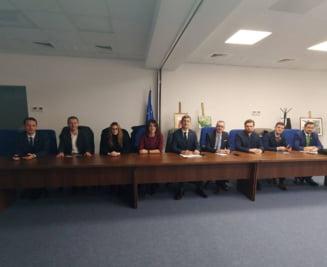 USR s-a dus la Ciorbea sa reclame OUG lui Toader: Iohannis ar trebui sa ridice un conflict constitutional