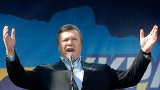 Ucraina, la un pas de razboi civil: Ianukovici da vina pe CIA (Video)