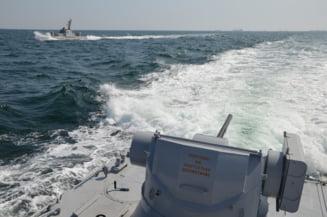 Ucraina acuza Rusia ca a deschis focul asupra navelor sale in Marea Neagra si ca ulterior a capturat trei dintre acestea Update