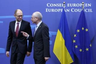Ucraina se apropie de UE - A semnat partea politica a Acordului de Asociere