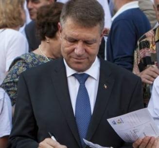 Udrea: Iohannis promoveaza incalcarea legii. Serviciile nu pot avea oameni in politica