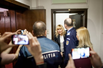 """Udrea, prima reactie dupa ce a fost trimisa in judecata in """"Gala Bute"""": Niciun motiv sa raman in arest!"""