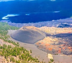 Uimitor: Dune colorate intr-un parc vulcanic (Galerie foto)